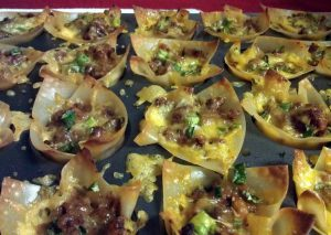 mini-lasagna-cups-recipe-main-photo.jpg